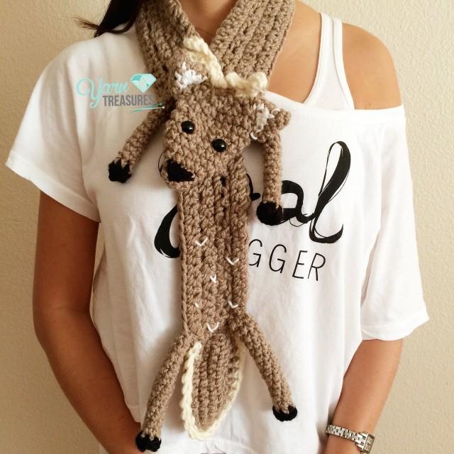 deer_scarf
